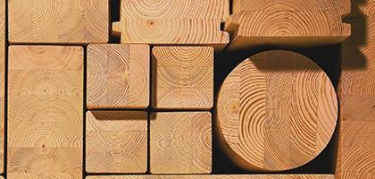 Клееный брус в строительстве: характеристики и особенности